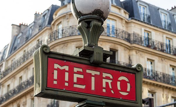 An old-style Parisian Metro sign.